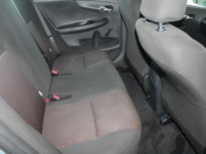 Toyota Corolla Quest 1.6 automatic - Image 11