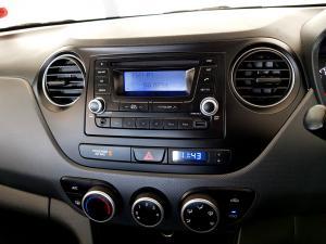 Hyundai Grand i10 1.25 Motion - Image 19
