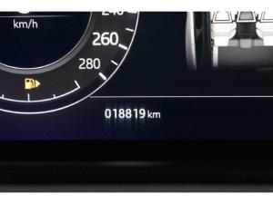 Land Rover Range Rover Velar P380 - Image 13