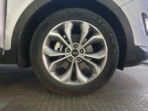 Hyundai Santa Fe 2.2CRDi 4WD Executive - Image 11