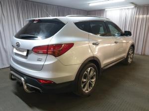 Hyundai Santa Fe 2.2CRDi 4WD Executive - Image 3