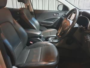 Hyundai Santa Fe 2.2CRDi 4WD Executive - Image 8