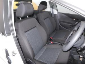 Volkswagen Polo Vivo 1.4 Comfortline - Image 15