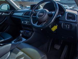 Audi Q3 2.0 TDI Quatt Stronic - Image 6