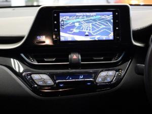Toyota C-HR 1.2T Luxury - Image 11