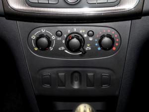 Renault Sandero 900T Stepway Expression - Image 13