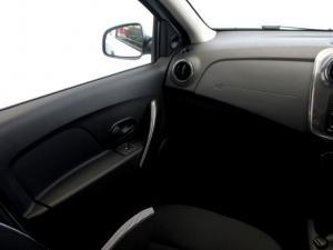 Renault Sandero 900T Stepway Expression - Image 15