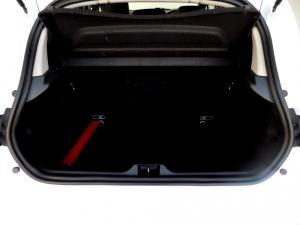 Renault Clio IV 900 T Dynamique 5-Door - Image 14