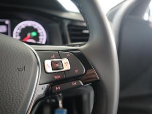 Volkswagen Polo 1.0 TSI Comfortline DSG - Image 18