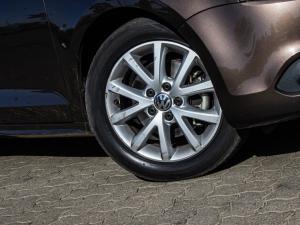 Volkswagen Jetta VI 1.4 TSi Comfortline - Image 4