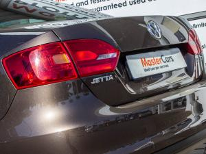 Volkswagen Jetta VI 1.4 TSi Comfortline - Image 5
