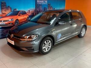 Volkswagen Golf VII 1.0 TSI Trendline - Image 1