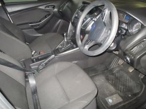 Ford Focus 1.0 Ecoboost Ambiente - Image 10
