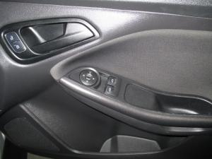 Ford Focus 1.0 Ecoboost Ambiente - Image 14