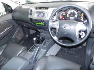 Toyota Hilux 3.0D-4D double cab 4x4 Raider auto - Image 7