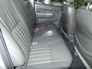Toyota Hilux 3.0D-4D double cab 4x4 Raider auto - Image 8