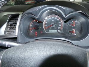 Toyota Hilux 3.0D-4D double cab 4x4 Raider auto - Image 9