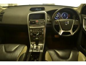Volvo XC60 D5 R-Design - Image 6