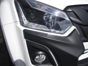 Isuzu D-MAX 250 HO X-RIDER D/C - Image 6