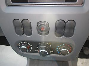 Nissan NP200 1.6 Single Cab - Image 12