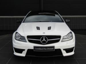 Mercedes-Benz C63 AMG Coupe - Image 3
