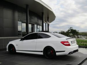 Mercedes-Benz C63 AMG Coupe - Image 6