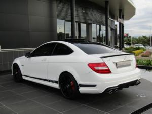 Mercedes-Benz C63 AMG Coupe - Image 9