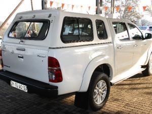 Toyota Hilux 3.0D-4D double cab Raider - Image 10
