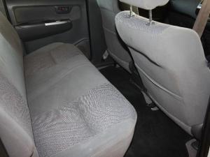 Toyota Hilux 3.0D-4D double cab Raider - Image 6