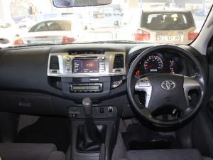 Toyota Hilux 3.0D-4D double cab Raider - Image 8