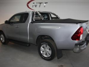Toyota Hilux 2.8 GD-6 RB RaiderE/CAB - Image 4