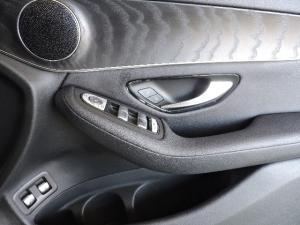 Mercedes-Benz GLC 250d - Image 16