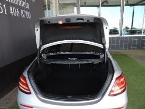 Mercedes-Benz E 200 AMG - Image 13