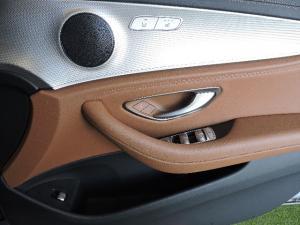 Mercedes-Benz E 200 AMG - Image 15