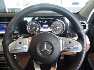 Mercedes-Benz E 200 AMG - Image 17