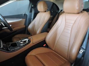 Mercedes-Benz E 200 AMG - Image 9