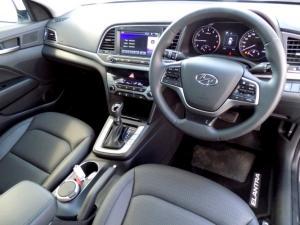 Hyundai Elantra 2.0 Elite automatic - Image 12
