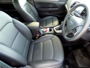 Hyundai Elantra 2.0 Elite automatic - Image 15