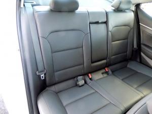 Hyundai Elantra 2.0 Elite automatic - Image 16