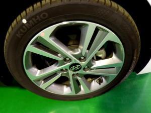 Hyundai Elantra 2.0 Elite automatic - Image 18