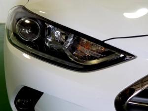 Hyundai Elantra 2.0 Elite automatic - Image 19