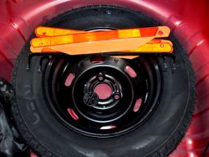 Renault Kwid 1.0 Expression 5-Door - Image 28