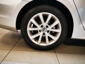 Volkswagen Jetta 1.4TSI Comfortline - Image 11