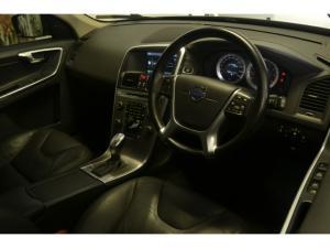 Volvo XC60 T5 Excel - Image 10