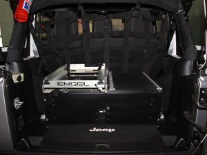 Jeep Wrangler Unlimited 3.8L Sahara - Image 9