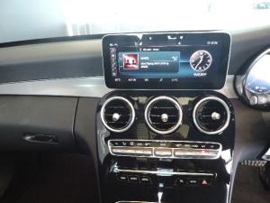 Mercedes-Benz C200 automatic - Image 19