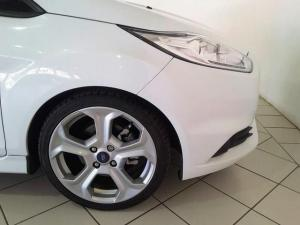 Ford Fiesta ST - Image 8