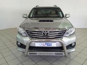 Toyota Fortuner 3.0D-4D 4x4 - Image 2