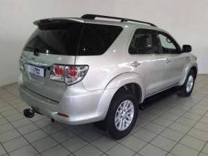 Toyota Fortuner 3.0D-4D 4x4 - Image 3