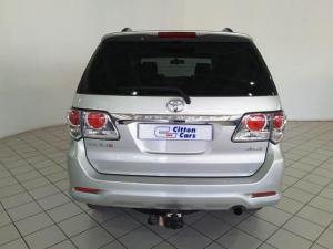 Toyota Fortuner 3.0D-4D 4x4 - Image 4
